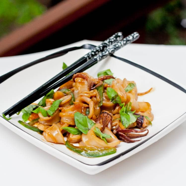 sauce quick squid with red chile sauce and herbs quick squid with red ...