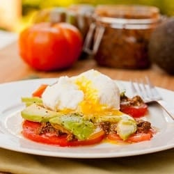 Poached Eggs with Pesto and Tomatoes