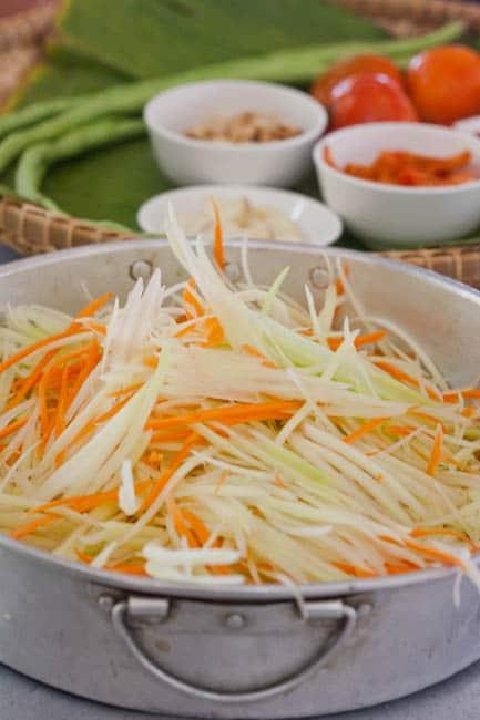 ingredients for papaya salad 2