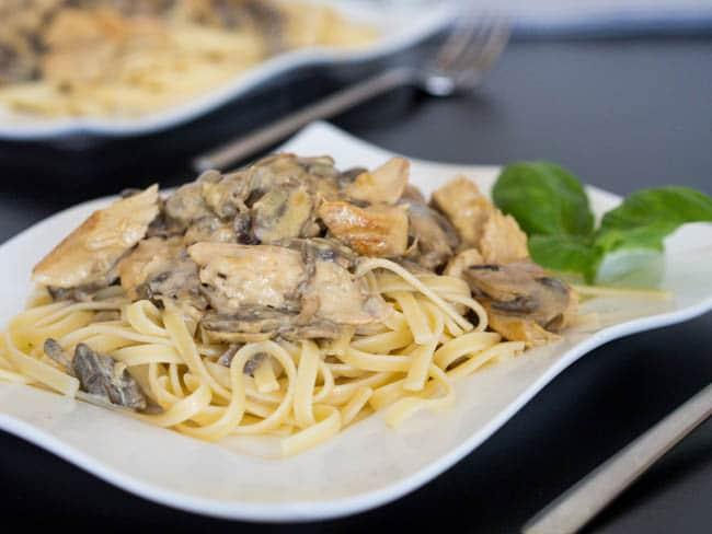chicken-and-mushrooms-dijon-pasta