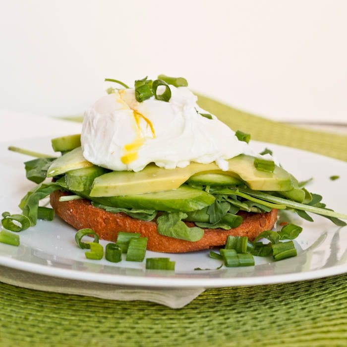 Bagel with Veggies and Poached Eggs {Gluten-Free, Dairy-Free}