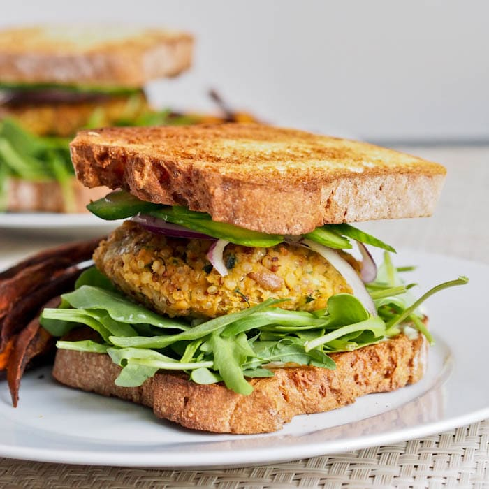 zucchini-chickpea-burger-snacks