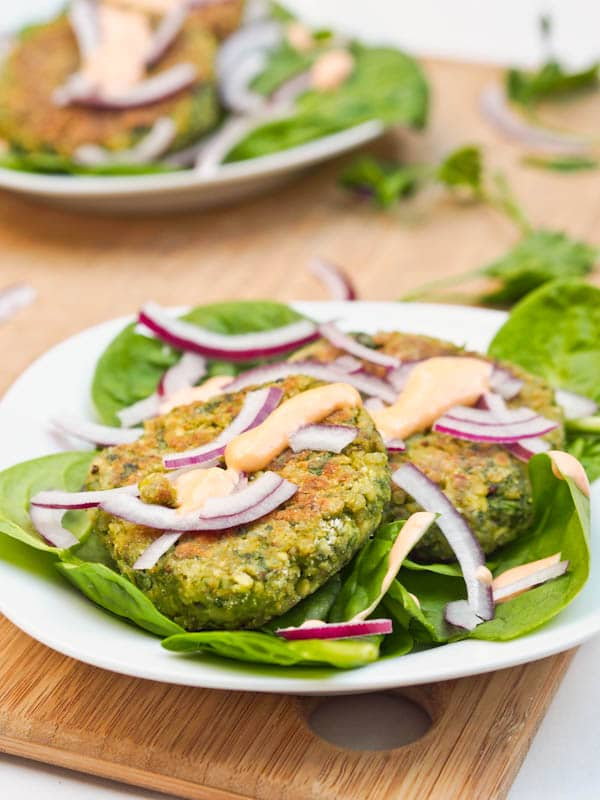 Vegan-Cauliflower-Chickpea-and-Quinoa-Fritters-with-Spinach-Recipe