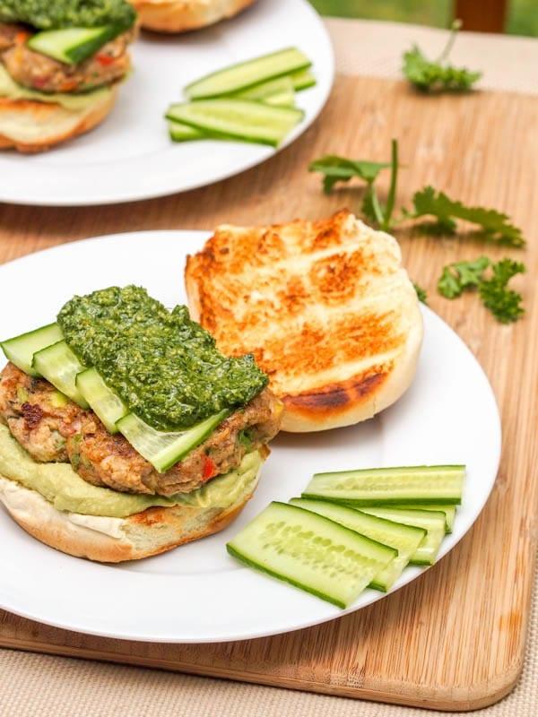Vegan-Bubba-Veggie-Burgers-with-Pesto-and-Hummus-Gluten-Free-
