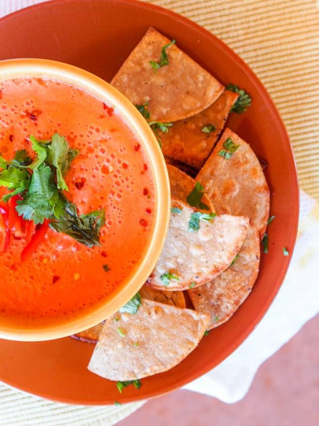No Cook Vegan Low FODMAP Tomato Soup {Gluten-Free}
