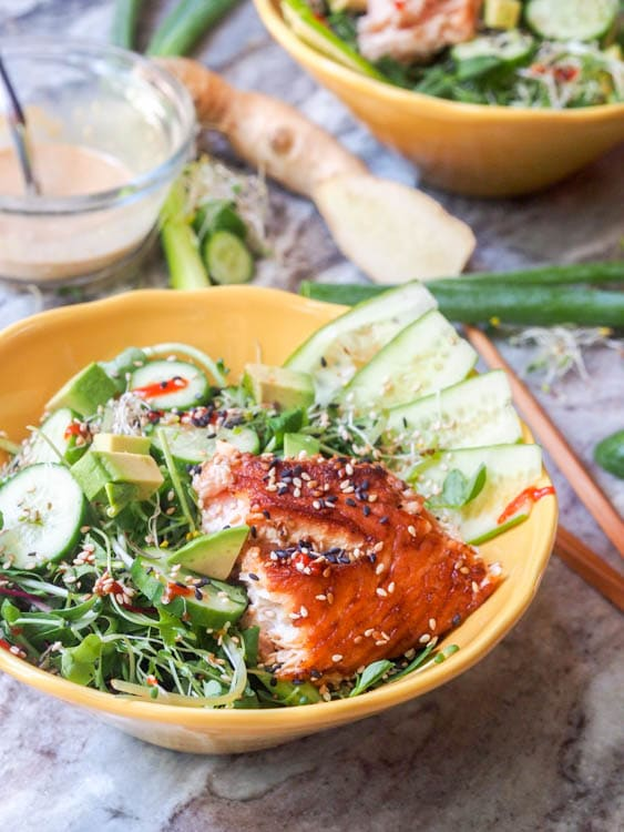 Asian Salmon Salad with Sesame Ginger Dressing makes for the perfect ...