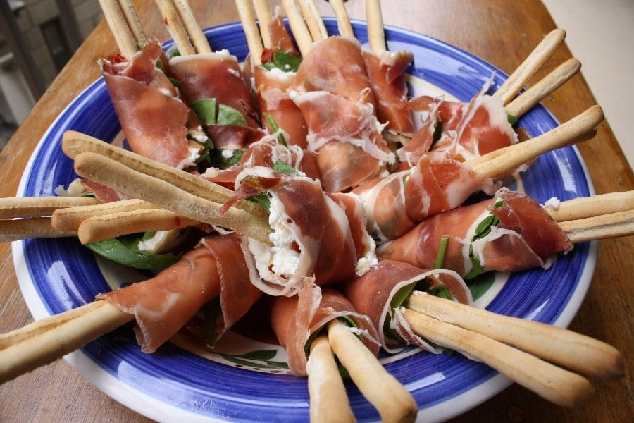 proscuitto wrapped breadsticks