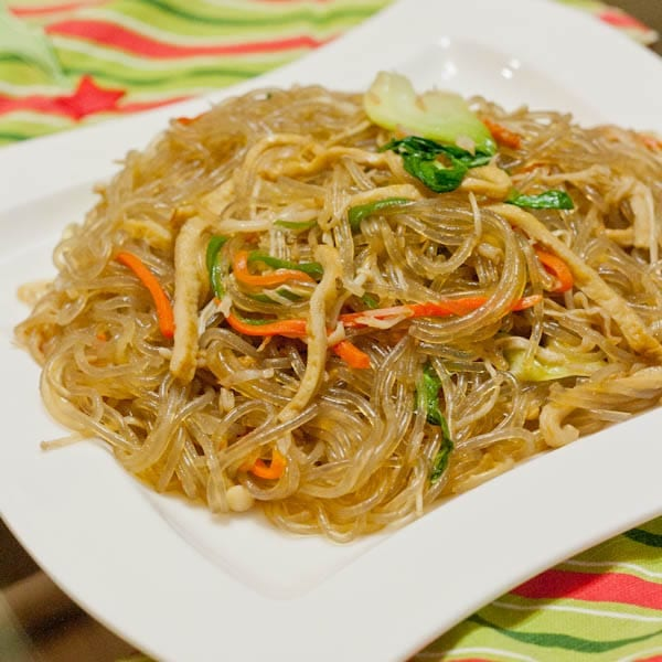 Japchae Noodles with veggies