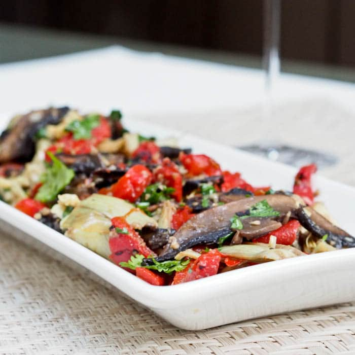 Mediterranean Vegetable Salad with mushrooms, artichokes and red pepeprs