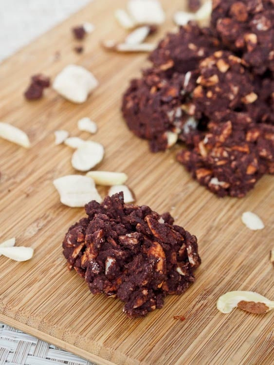 Almond chocolate nut clusters recipe