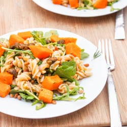 Vegan-Creamy-Squash-Arugula-and-Pine-Nut-Pasta
