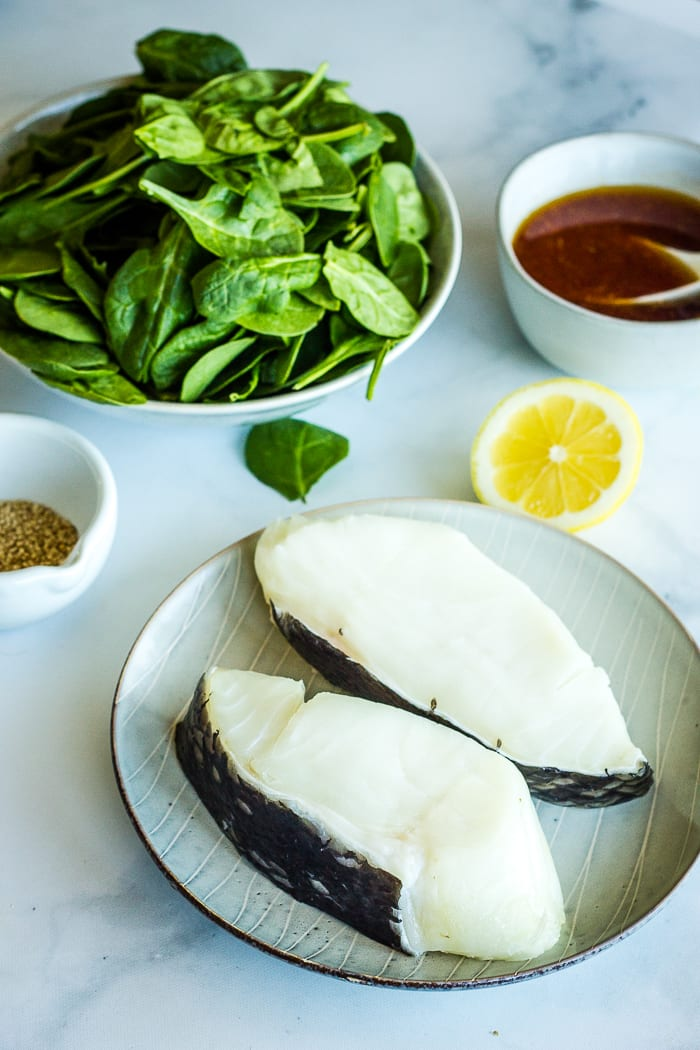 chilean sea bass with spinach lemon and sauce