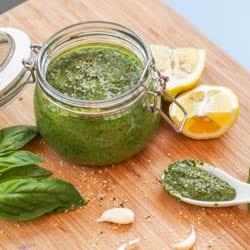 Cheesy Vegan Basil Pesto