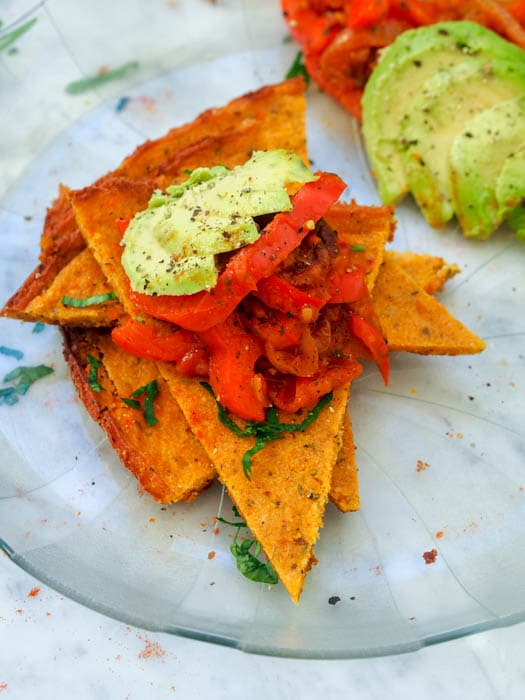 Vegan Squash and Chickpea Flatbread with Tomato Relish requires only 2 main ingredients and makes for a high protein delicious flatbread that can be topped with just about anything! Think vegan pizza. Gluten-Free too. Perfect healthy dinner. | avocadopesto.com