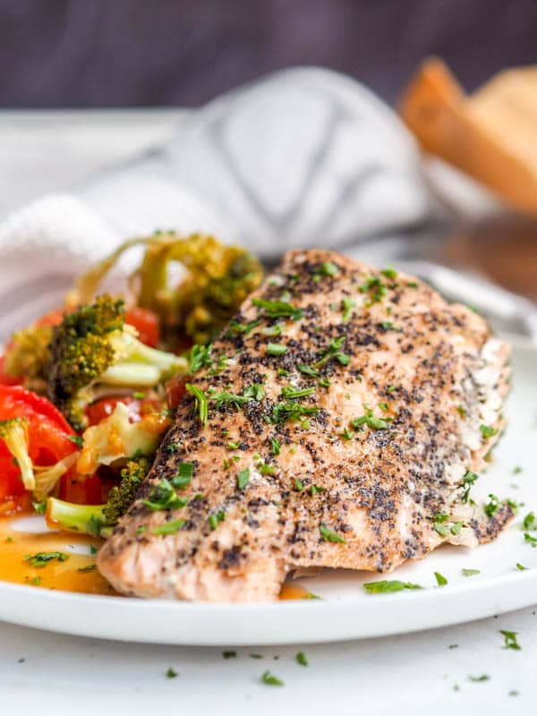 Oven Roasted parchment Salmon fillet with Broccoli, Red Pepper and Tomatoes