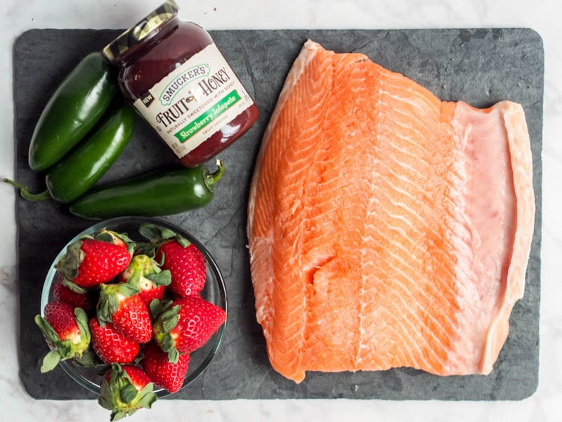 ingredients used to make strawberry salmon with jalapeños