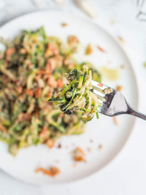 Whole 30 pesto and chicken zucchini noodle pasta - paleo, gluten-free, dairy-free and low carb - makes for the perfect healthy weeknight dinner. Ready in 30 minutes.