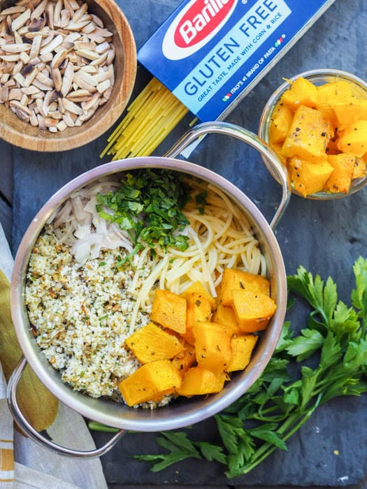 cauliflower pasta in the pot