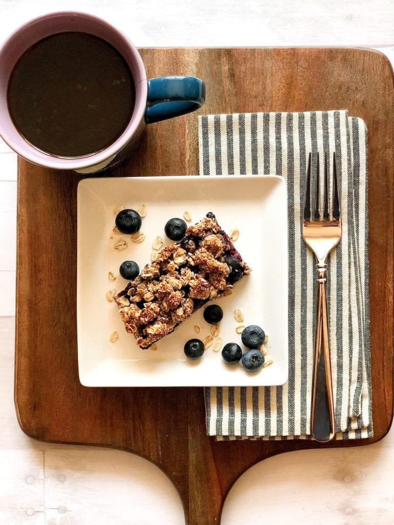 Healthy Blueberry Oatmeal Breakfast Bars